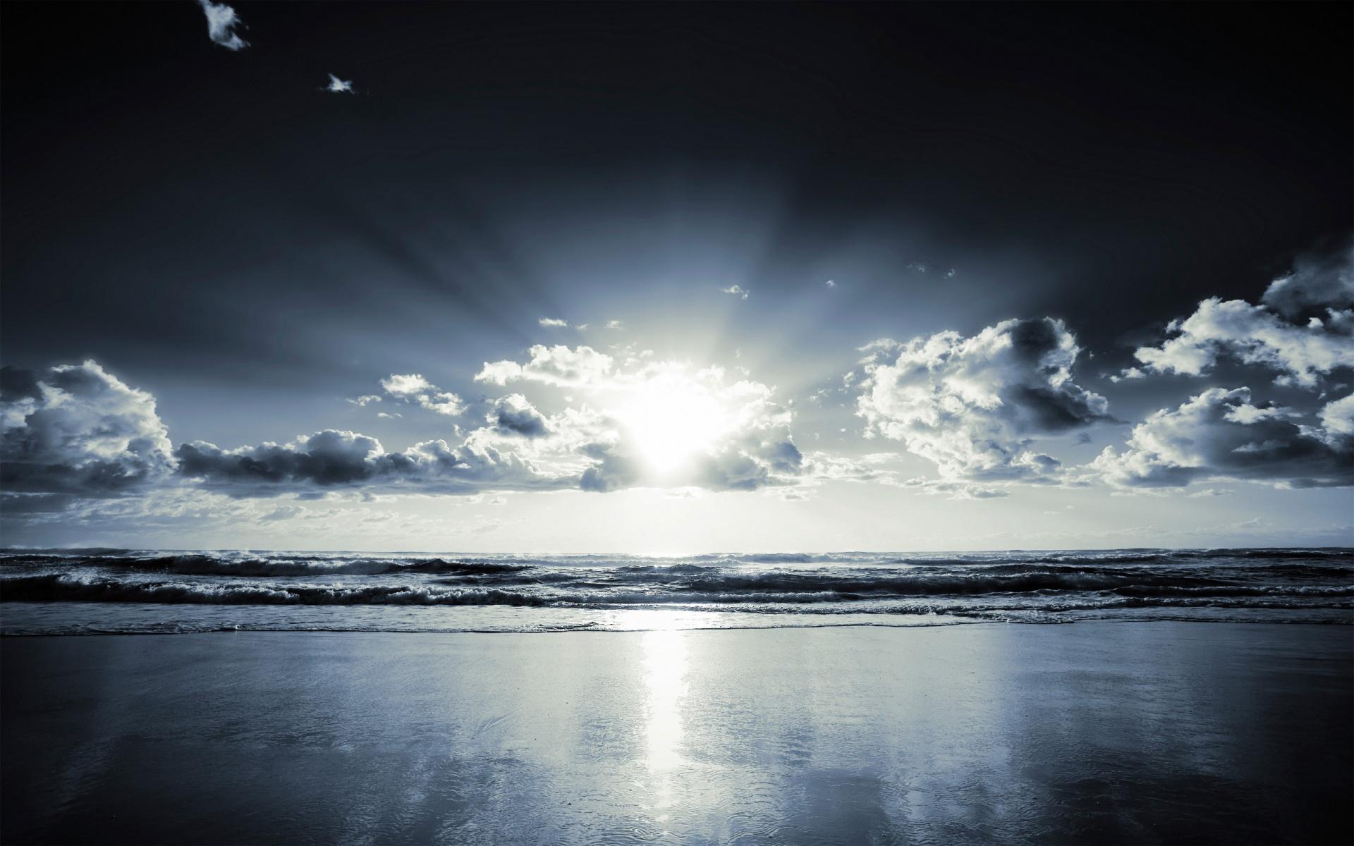 http://stat30fbliss.files.wordpress.com/2010/10/beach_amazing_view_1920x12002.jpg